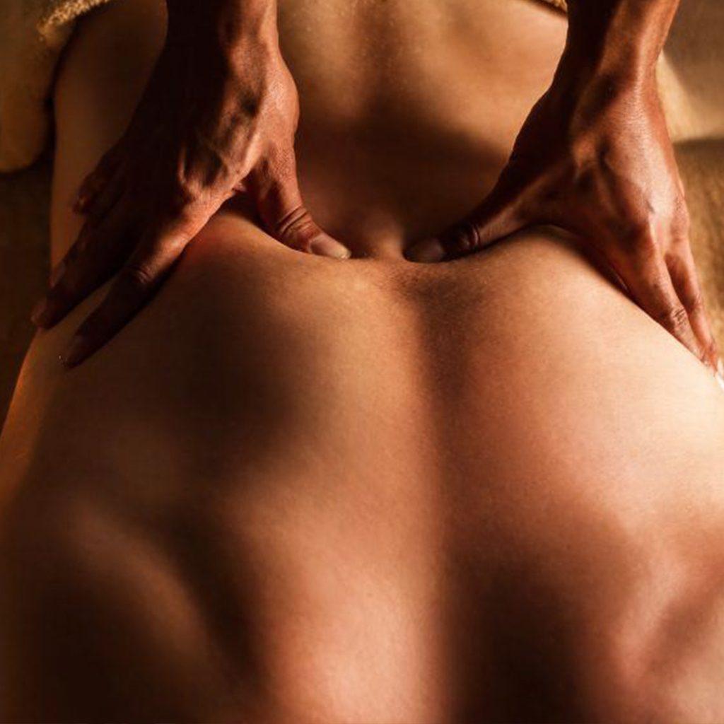 Full Body Deep Tissue Massage R690/75min