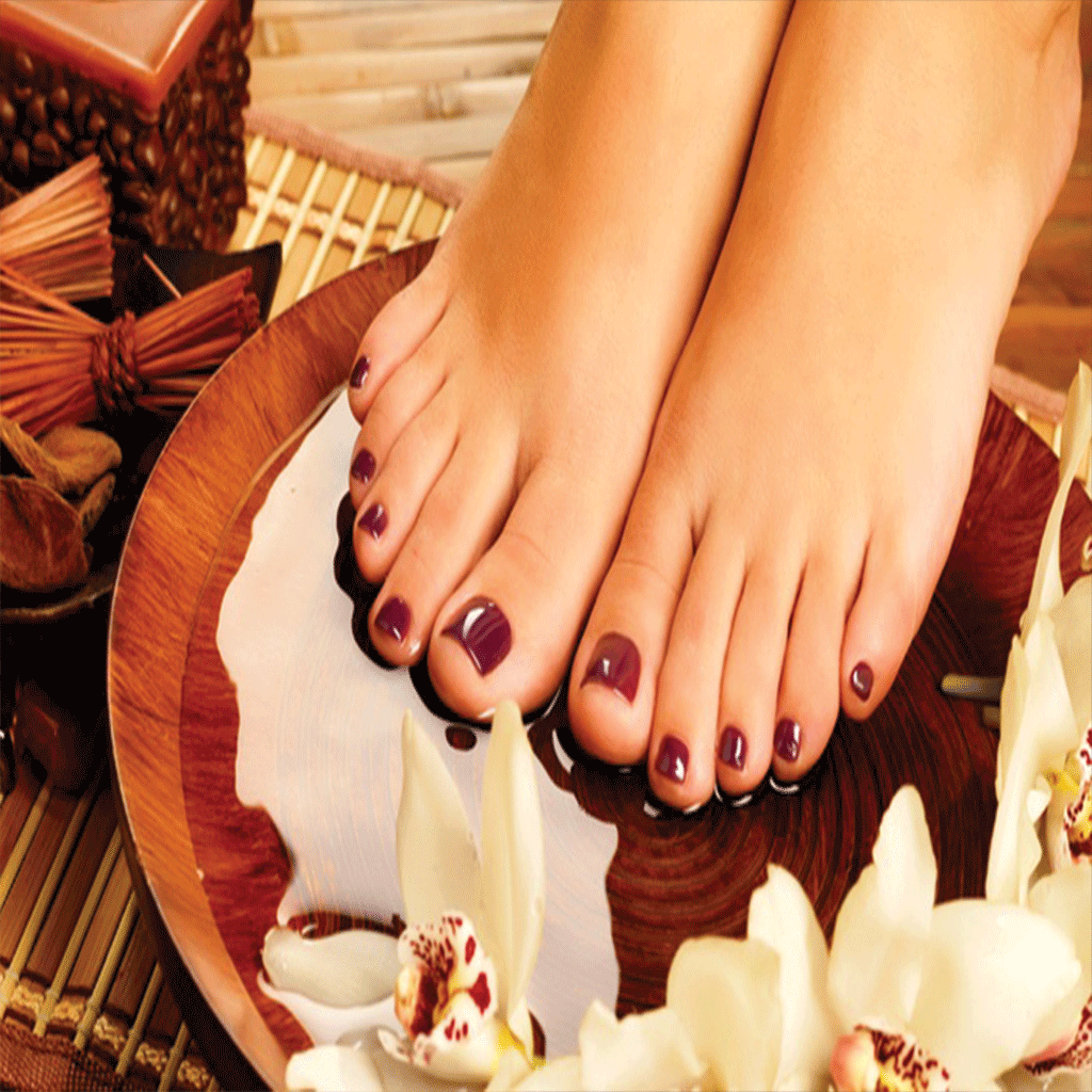 Gel-polish on toes Per Person
