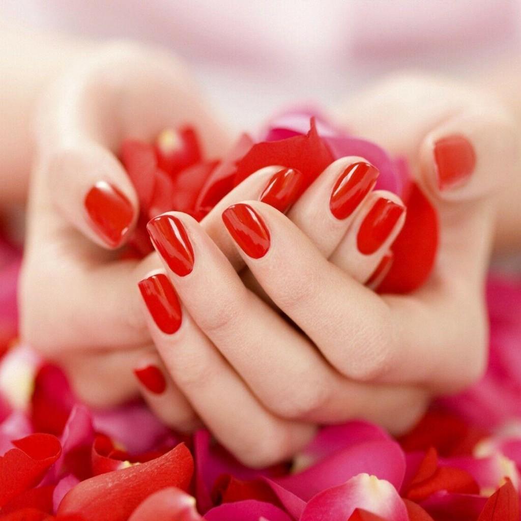 Manicures, Gel & Acrylic Nails